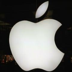 Das Foto wurde bei Apple Store von Christian W. am 12/5/2012 aufgenommen