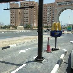 Photo taken at McDonald's - ماكدونالدز by Senthil M. on 6/28/2013