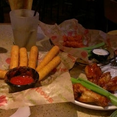 Photo taken at Applebee's by Jacquetta W. on 1/10/2013