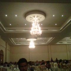 Photo taken at โรงแรมวสุ มหาสารคาม (Vasu Hotel Mahasarakham) by Theerawat T. on 2/26/2013