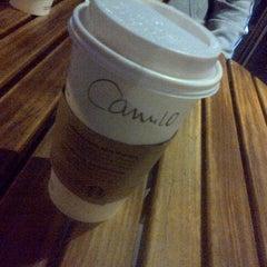 Photo taken at Starbucks Coffee by Juan Camilo C. on 7/9/2013
