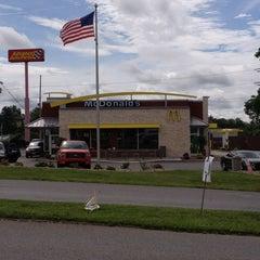 Photo taken at McDonald's by Richard Z. on 7/7/2013