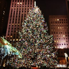 Photo taken at Rockefeller Center by Neil on 12/8/2012