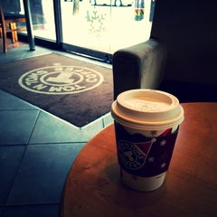 Photo taken at TOM N TOMS COFFEE by Young Jun K.🙇 on 12/15/2014