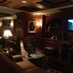 Photo taken at The Ritz-Carlton, New Orleans by Blauer serious Pro! B. on 10/31/2012