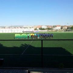 Photo taken at Abdurrahman Temel Futbol Sahası by mesut h. on 9/28/2013