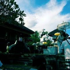 Photo taken at Pura Luhur Candi Narmada Tanah Kilap by Agoenk K. on 6/23/2013