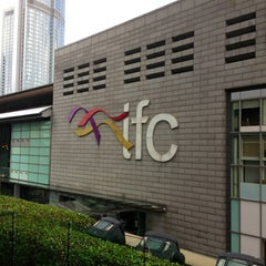 Photo taken at IFC Mall 國際金融中心商場 by 可 吴. on 6/27/2013