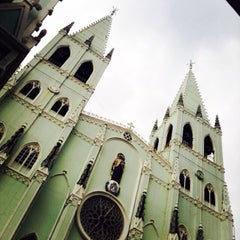 Photo taken at Minor Basilica of San Sebastian (Shrine of Our Lady Of Mount Carmel) by Kaye A. on 2/15/2015