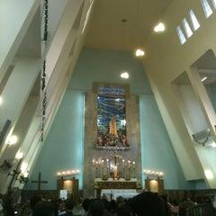 Photo taken at Igreja Nossa Senhora de Fátima e São Jorge by Paulo A. on 12/24/2012