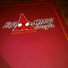 Photo taken at Blooming Burger by Luciene S. on 2/16/2013