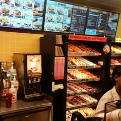Photo taken at Dunkin Donuts by Nevada J. on 10/7/2014