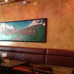 Photo taken at Umberto's Pizzeria & Restaurant by Jessica W. on 8/15/2013