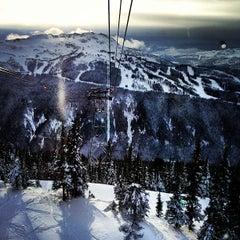 Photo taken at PEAK 2 PEAK Gondola by Justin Y. on 12/8/2012
