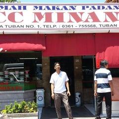 Photo taken at Rumah Makan Padang ACC Minang by Faizal Zainol (. on 9/4/2013