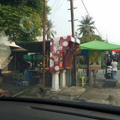 Photo taken at Kampung Bengali Soya Bean by Abu Bakar A. on 7/25/2014