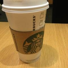Photo taken at Starbucks by Jaugen I. on 1/15/2013