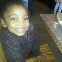 Photo taken at Chipotle Mexican Grill by Brandi J. on 11/23/2012