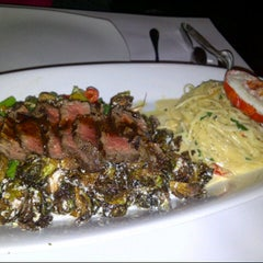 Photo taken at Italian Kitchen by @gracecheung604 on 11/18/2012