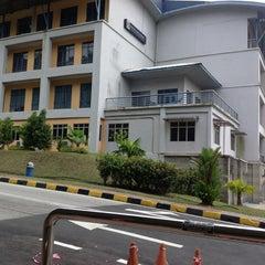 Photo taken at Fakulti Sains Komputer Dan Matematik UiTM by Jolouis G. on 7/18/2013