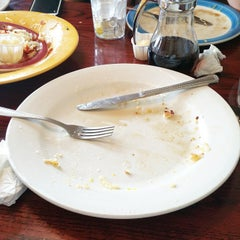 Photo taken at Perkins Restaurant & Bakery by Lesley J. on 6/5/2015
