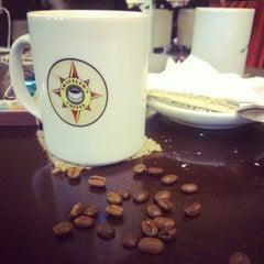 Photo taken at Traveler's Coffee by Пека Г. on 12/16/2012