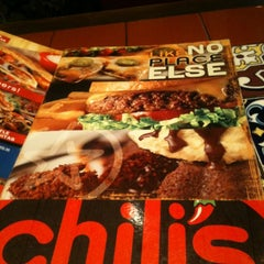 Photo taken at Chili's Grill & Bar by Saro r. on 11/9/2012