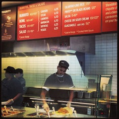 Photo taken at Chipotle Mexican Grill by Kim on 8/14/2013