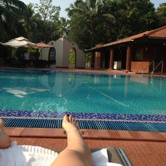 Photo taken at Leoney Resort Anjuna by Nadin . on 2/25/2013
