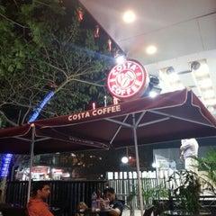 Photo taken at Costa Coffee by Abhishek S. on 12/8/2012