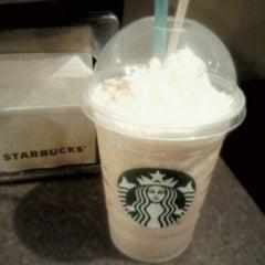 Photo taken at Starbucks Coffee by Sergio on 12/7/2012