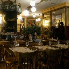 Photo taken at Bistrot Garçon by Yulia A. on 11/30/2012