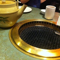 Photo taken at Shabusen Yakiniku House by Roy H. on 10/14/2012