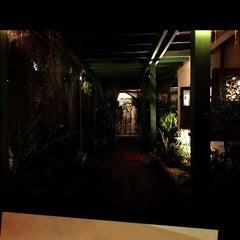 Photo taken at Baan Suan Massage (บ้านสวนมาสสาจ) by Verutai L. on 3/21/2014