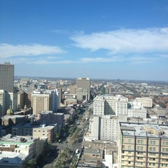 Photo taken at New Orleans Marriott by Carrie B. on 1/25/2013