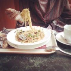 Photo taken at イタリアン・トマトカフェジュニア 町田北口店 by Masubuchi K. on 4/12/2014
