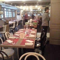Photo taken at JAR - Just A Restaurant by Losada Vinos de Finca B. on 5/22/2014