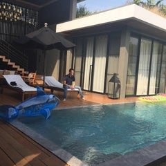 Photo taken at V VILLAS Hua Hin by One_one on 1/18/2015