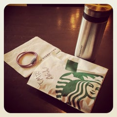 Photo taken at Starbucks by Abdullah N. on 10/21/2013