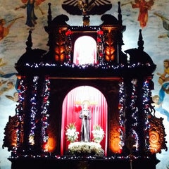 Photo taken at Santuario de San Pedro Bautista Parish by Dette A. on 12/22/2014