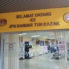 Photo taken at Jabatan Pendaftaran Negara JPN by Syafiq O. on 1/16/2014