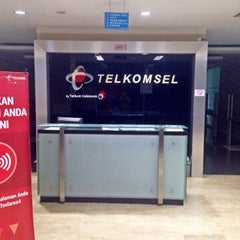 Photo taken at Baruga Telkomsel Area IV Pamasuka by Rony S. on 2/22/2015