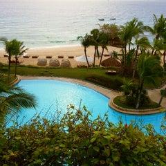 Photo taken at Shangri-La's Mactan Resort and Spa by Dan Brian G. on 12/22/2012