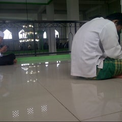 Photo taken at Masjid Jami Al-Ghoni by Dandun W. on 1/24/2014