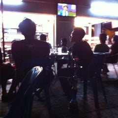 Photo taken at Restoran JS Maju by Akkif Z. on 1/1/2013