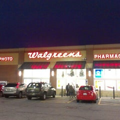 Photo taken at Walgreens by Nicole W. on 12/10/2012