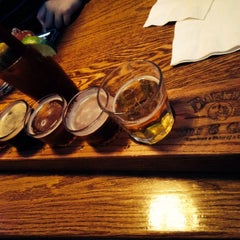 Photo taken at Barker's Bar & Grill by Meshell H. on 2/1/2015