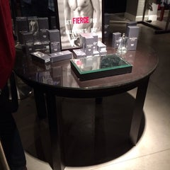 Photo taken at Abercrombie & Fitch by K M. on 2/14/2014