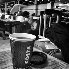 Photo taken at Costa Coffee by Ozlem M. on 2/24/2016