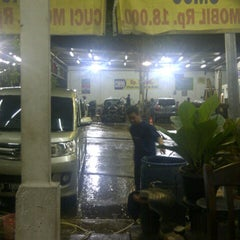 Photo taken at CM 99 Carwash by moses p. on 1/26/2013